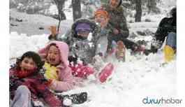 Yoğun kar yağışı nedeniyle bazı illerde eğitime ara verildi
