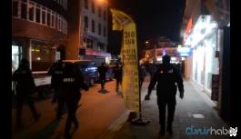 Silahlı kavga: 1'i polis 2 kişi yaralandı