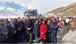 HDP'li belediyelerin Van'a gönderdiği deprem yardımı engellendi