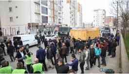 Kaçak binayı yıkmak isteyen belediye ekipleri darp edildi