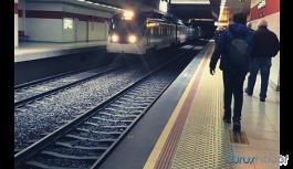 Trenin önüne atlayarak hayatına son verdi