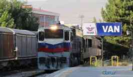 Türkiye coronavirüs salgınından etkilenen İran'a tren seferlerini durdurdu