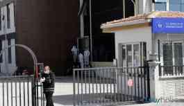 Bakan Kasapoğlu yurtlarda karantinada olan kişi sayısını açıkladı