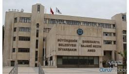 Diyarbakır'da 13 ilçeye ulaşım durduruldu
