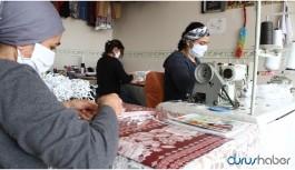 Diyarbakır'da 3 kadın ücretsiz maske üretimine başladı