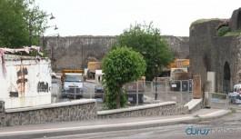 Diyarbakır'da yasak Sur'da yıkım