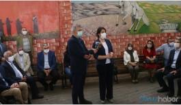 Gazi Cemevi'ni ziyaret eden Pervin Buldan: Özür dilenmeli