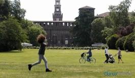 Avrupa'da en çok etkilenen ülkede salgın tedbirleri gevşetiliyor