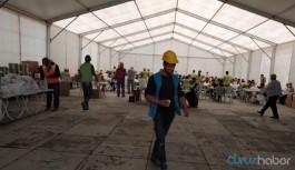 Koronavirüs bulaşan işçiler hastanede değil konteynerde tutuluyor