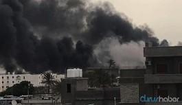 Libya: Halife Hafter güçleri havaalanını bombaladı
