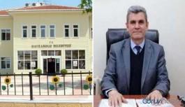 Maaşı düşürülen AKP'li başkan yardımcısı belediyesini mahkemeye verdi