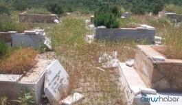 '1990'lı yıllarda cenazeleri parçalıyorlardı şimdi de mezarları parçalıyorlar'