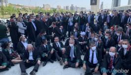 Baro başkanları darp edildi: Oturma eylemi başladı