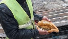 Ekmek arası ıspanağı reddettiği için işsiz kalmıştı, hâlâ işsiz
