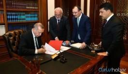 Erdoğan çok sayıda ismi görevden aldı, yeni atamalar yaptı