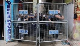 HDP Hakkari il binası yürüyüş öncesi ablukaya alındı