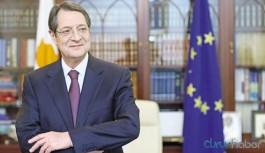 Anastasiades: Türkiye agresif tutumunu sürdürürse AB adaylığı düşürülmeli