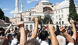 Ahmet Hakan'dan Ayasofya yorumu: AKP'ye oy getirmez