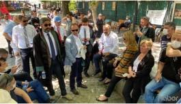Baro başkanları Kuğulu Park'ta nöbete başladı