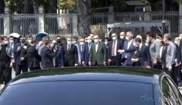 Erdoğan, Ayasofya Camisi'nde incelemelerde bulundu