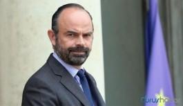 Fransa Başbakanı istifa etti