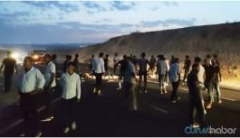 Köylüler DEDAŞ'a karşı yol kapattı