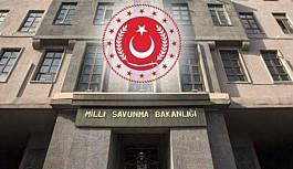 MSB: Türk Bayrağı'nın yakılmasını şiddetle kınıyoruz