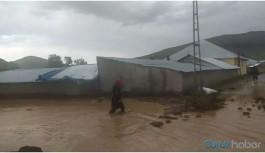Patnos'ta sel: 3 köyde dere taştı