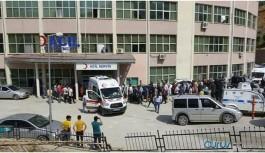 Hakkari'de patlama: Yaralı askerler var