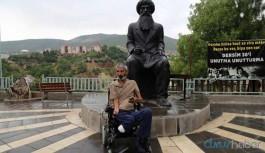 Tutuklu yeğeni için tekerlekli sandalyesiyle Dersim'e gitti