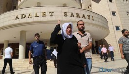 Yaşadıklarını anlatırken sık sık ağlayan Emine Şenyaşar: Heci'yi gözümün önünde öldürdüler