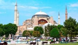 Yunanistan'dan Türkiye'ye Ayasofya uyarısı
