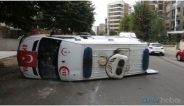 Ambulans kazasında 4 sağlık çalışanı yaralandı