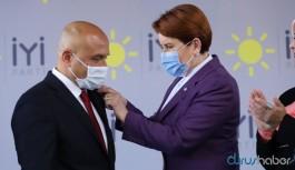 AKP'yi eleştirdiği için partisinden ihraç edilen vekil İYİ Parti'ye katıldı