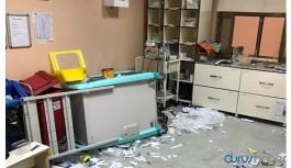 Hasta yakınlarından 112 Acil Sağlık ekibine taşlı ve sopalı saldırı