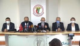 Kılıçdaroğlu: TTB suç işlemiyor, yöneticileri uyarıyor