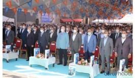 """Koca'nın """"Vakalar iki katına çıktı"""" dediği Van'da AKP'lilerden yoğun katılımlı kongre"""