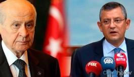 CHP'li Özel'den Bahçeli'ye: Bahçeli'ye bağlasak yalan makinesini, makine çatlamazsa namussuzum