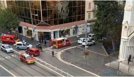 Fransa'da bıçaklı saldırı: 3 ölü