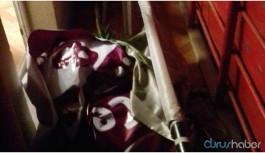 HDP İlçe binasına Türk bayrağı asıldı