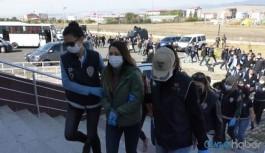 Kars Belediye Eş Başkanı Alaca ve 14 kişinin gözaltı süresi uzatılacak