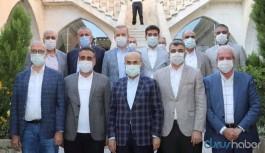 Toplantılara konunun uzmanları yerine AKP'liler çağrılıyor