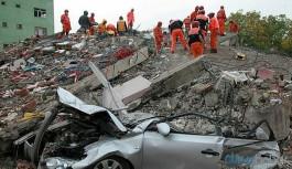 Van depreminin üzerinden 9 yıl geçti: Toplanan para yandaşlara dağıtıldı
