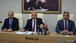 AKP'lilerin 'itibarımızı zedeliyor' dediği vali: Çalışıyormuş gibi gösteriyorsunuz