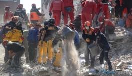 İzmir'deki depremde hayatını kaybedenlerin sayısı 114'e yükseldi