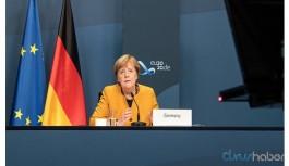 Merkel'den G20 katılımcılarına aşı için çağrı