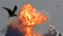 SpaceX'in Mars projesi Starship, deneme uçuşu sonrasında patladı