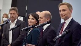 Almanya'da koalisyon partileri vergi...