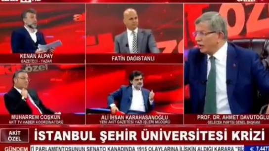 Davutoğlu ile Akit yazarı arasında sert tartışma